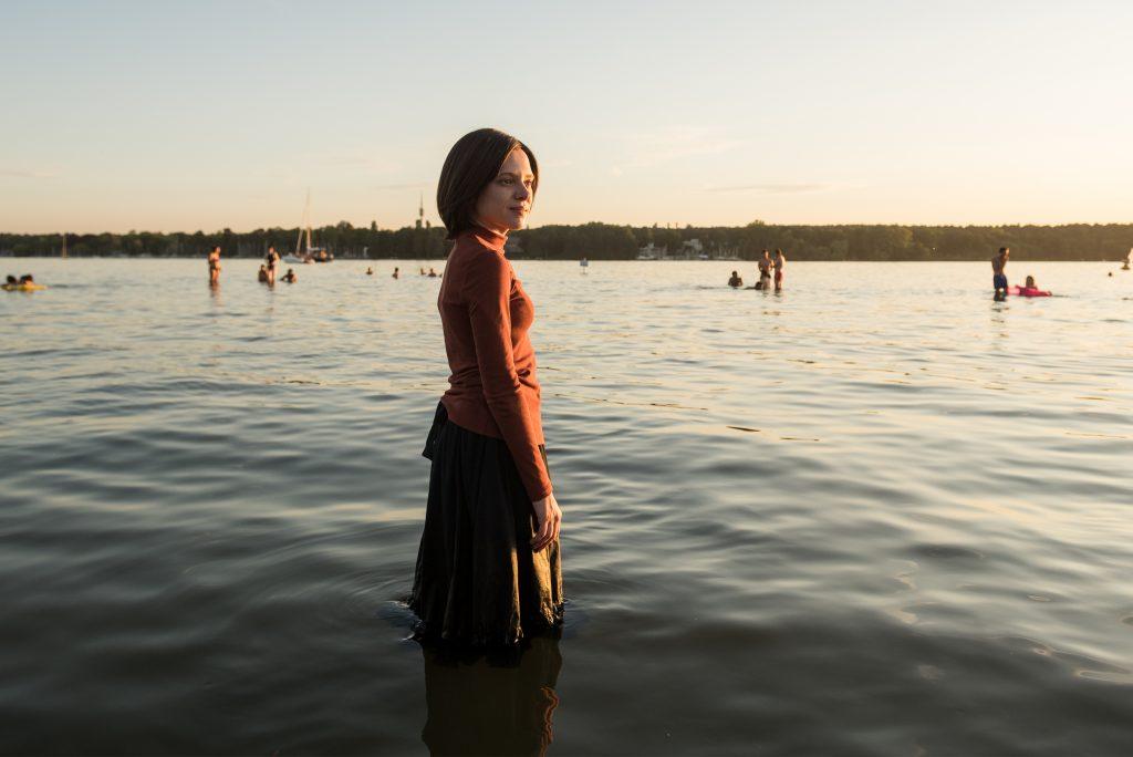 Unorthodox (Review): Eine Geschichte über das Unangepasst sein