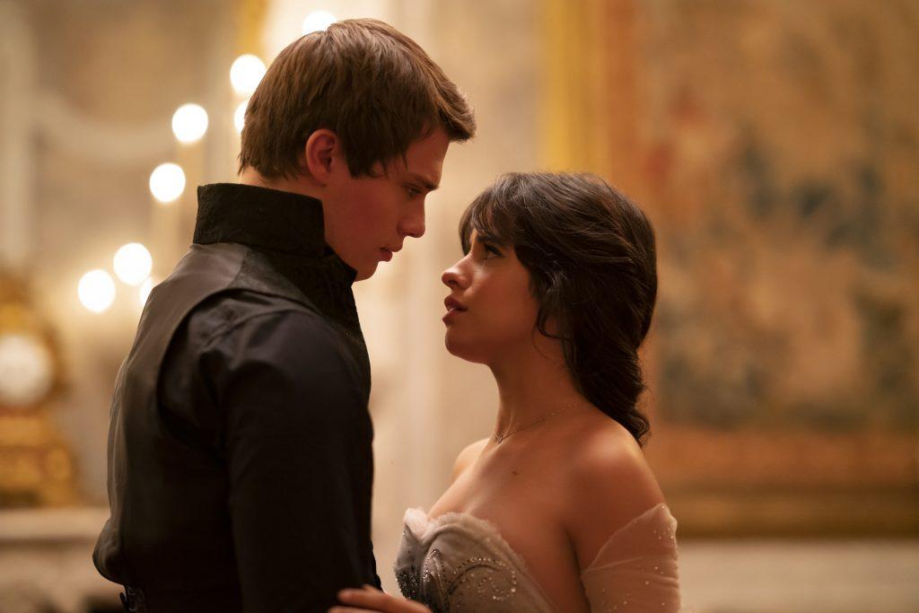 """Offizieller Trailer zum neuen Prime-Video Film: """"Cinderella"""""""